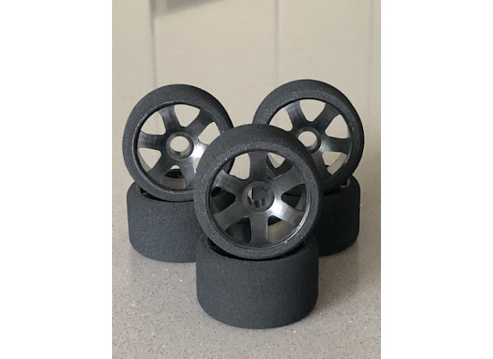 Ulti 1/12 Front Tires Medium V foam (6pcs/Black Rims)