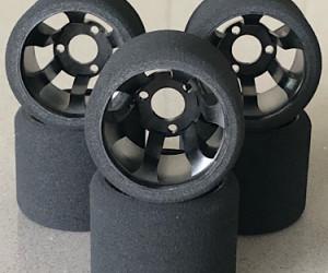 Ulti 1/12 Rear Tires Medium V foam (6pcs/Black Rims)